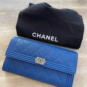 Portefeuille Chanel, modèle Boy